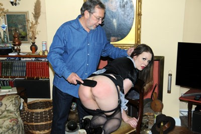 english-spankers-aleesha-fox
